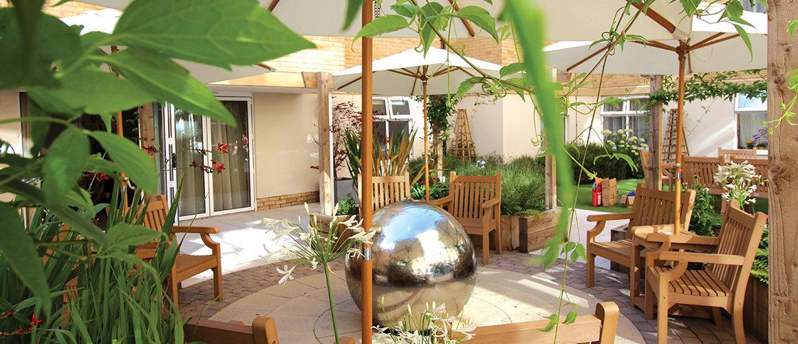 courtyard-0x0
